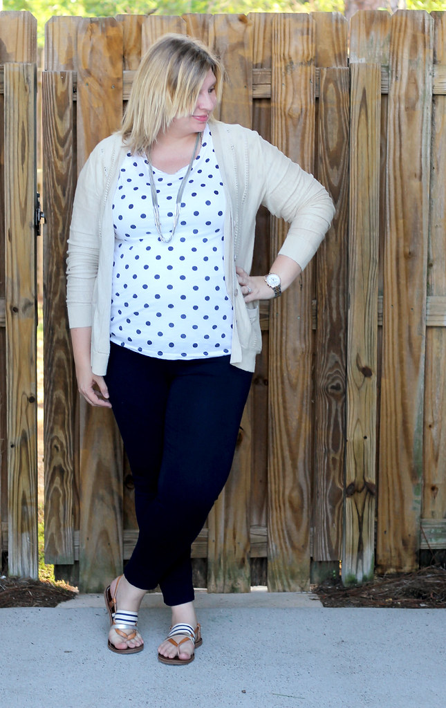 polka dot tee, navy maternity pencil pants, tan cardi 3