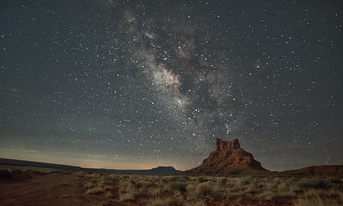 Stars over Butte | by snowpeak