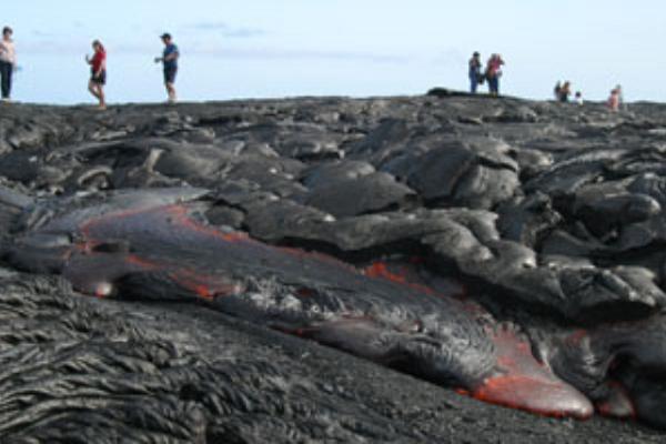 桑田佳祐がJTB新CMで撮影訪れたハワイ島「溶岩の上を歩けるハワイ島ボルケーノ国立公園」を紹介!