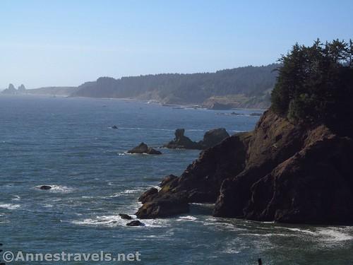 Views north of headlands and sea stacks at Arch Rock Picnic Area, Samuel H. Boardman State Scenic Corridor, Oregon