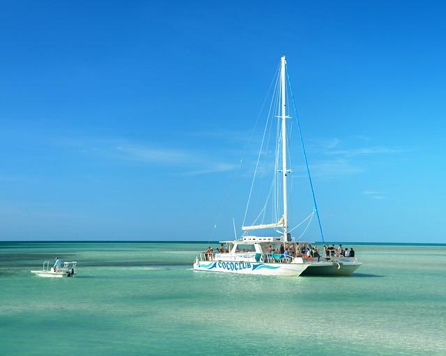 Nuestro catamarán por las mejores playas de Cuba