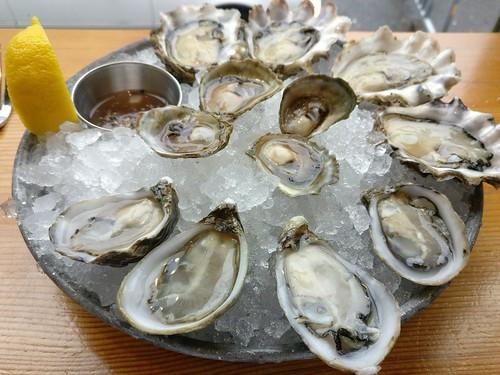 Shucker's Dozen Oyster Platter