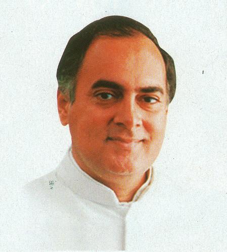 पूर्व प्रधानमंत्री राजीव गांधी जिन्होंने गंगा सफाई अभियान की पहली व्यापक शुरुआत की थी
