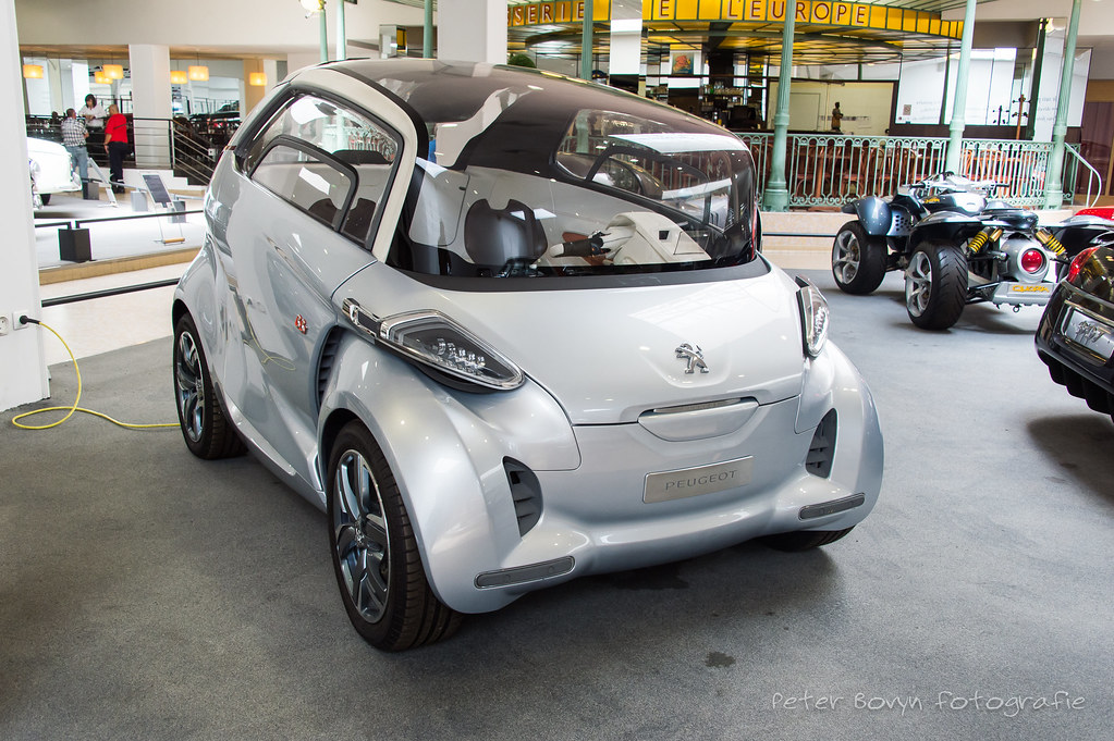 Peugeot Bb1 Concept 2009 With Its Bb1 Concept Car Peuge Flickr