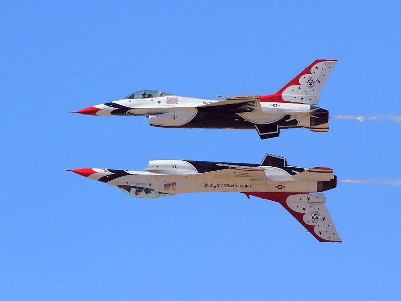 IMG_1552 Thunderbirds Reflection Pass