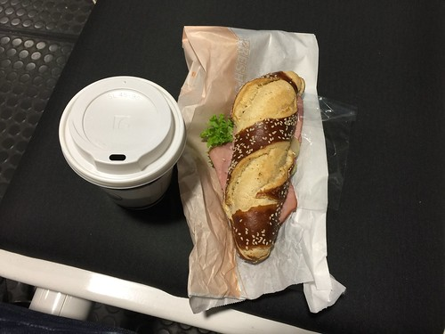 Pretzel stick with ham & coffee / Laugenstange mit Wacholderschinken & Kaffee @ Airport Munich