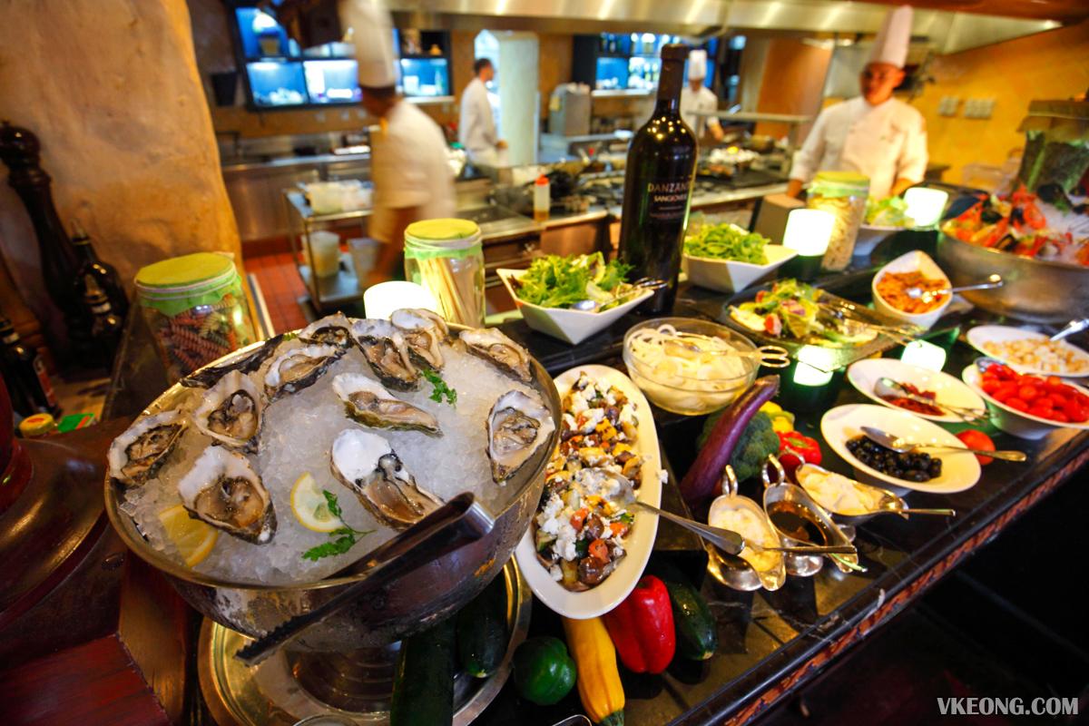Villa Danieli Italian Prosecco Brunch Appetizer Seafood
