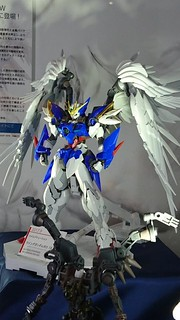 Shizuoka Hi-Resolution Model 1/100 Wing Gundam Zero Custom EW Ver. [Mobile Suit Gundam Wing Endless Waltz]