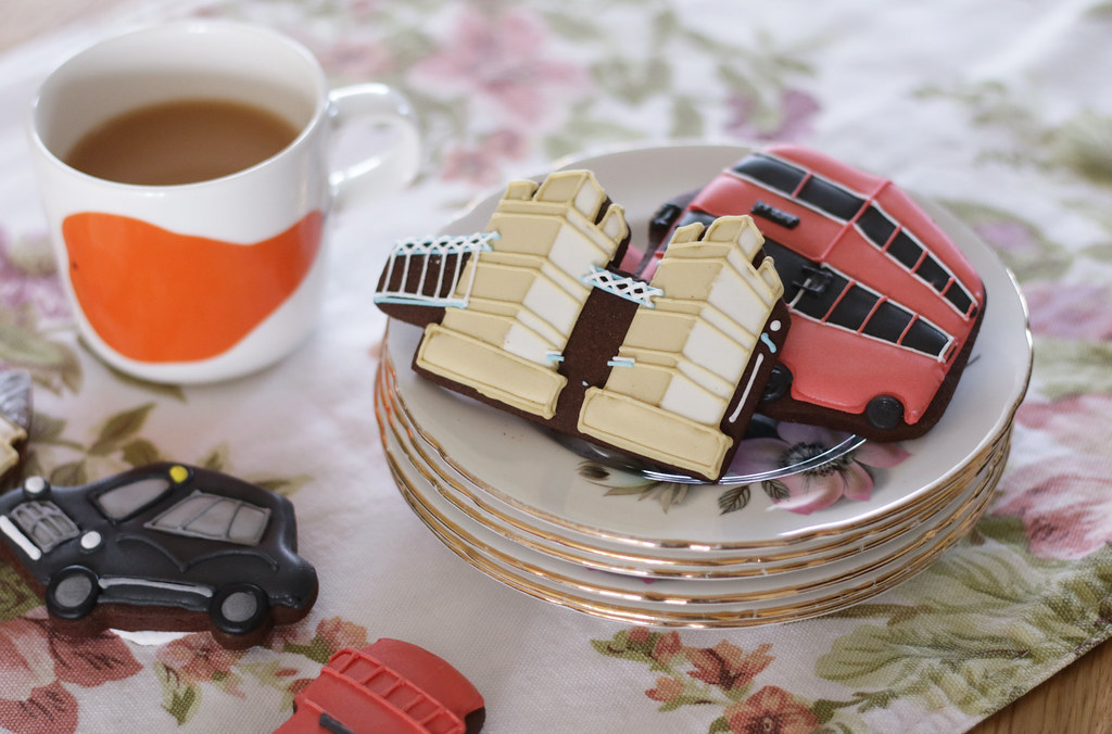 biscuiteers and tea