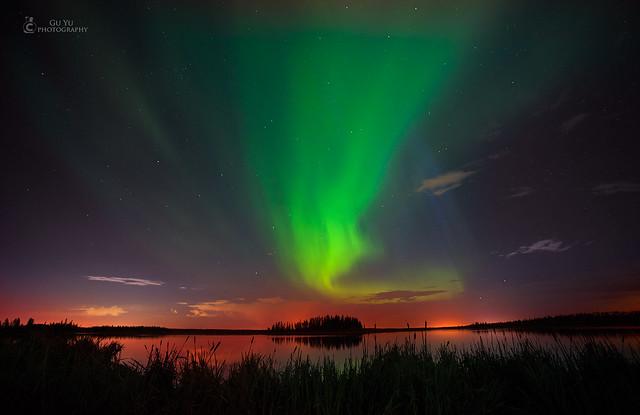Astotin Lake Northren light