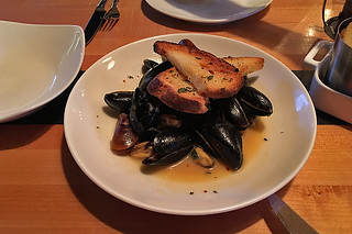 Tap 415 - Steamed mussels