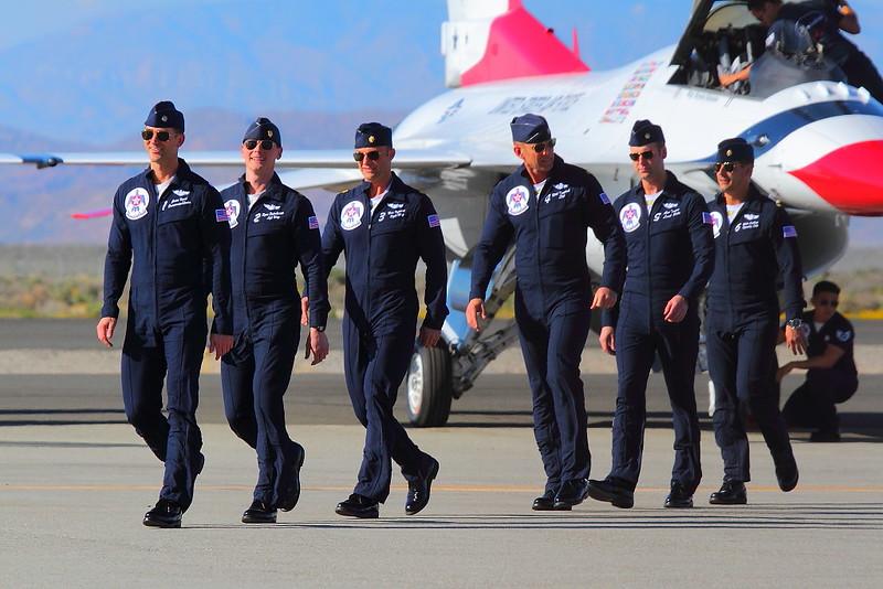 IMG_1633 Thunderbirds Pilots