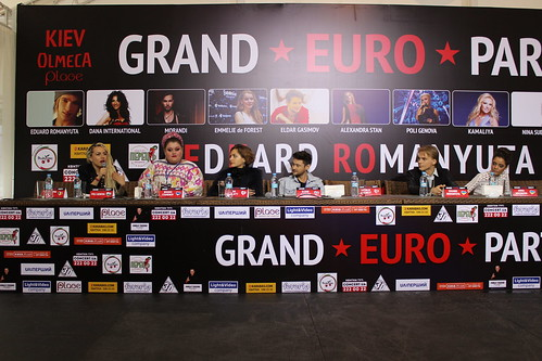 Grand Euro Party - Press Conference
