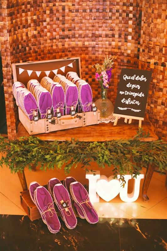 wedding-planner-alicante-alpargatas-decoracion-de-boda-cartel-personalizado-1