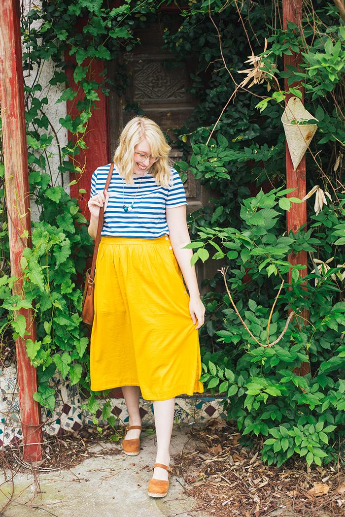 austin style blogger writes like a girl madewell midi skirt20