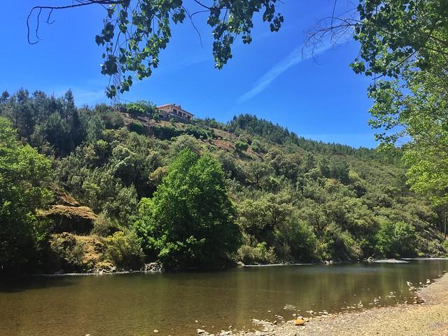 Río de Los Ángeles a su paso por Pinofranqueado, convirtiéndose en una de las mejores piscinas naturales de Las Hurdes