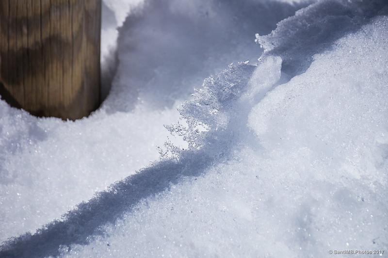 Nieve fundiéndose