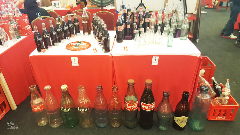 coca cola collectors fair 2017 big bottles