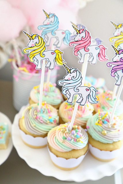Maia's unicorn party