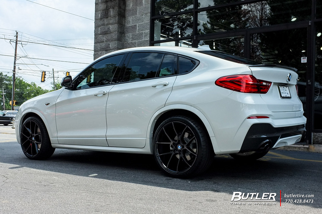 Lowered Bmw X4m With 21in Savini Bm14 Wheels And Michelin
