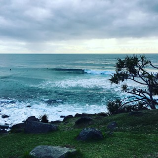 Some nice #surf sets coming through #surfers #enjoying #swell #goldcoast #beachlife #cycle #cycling #cyclinglife | by hortovanyi