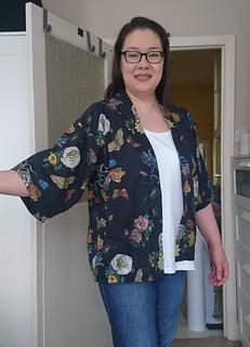Kimono Jacket (On Me) 1 (2)