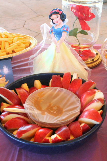 Snow White, red apples, & caramel dip