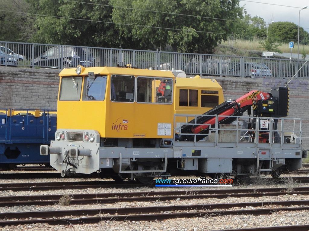 La draisine DU 84P MR 7-178 de SNCF Réseau en gare d'Aubagne le 6 mai 2017