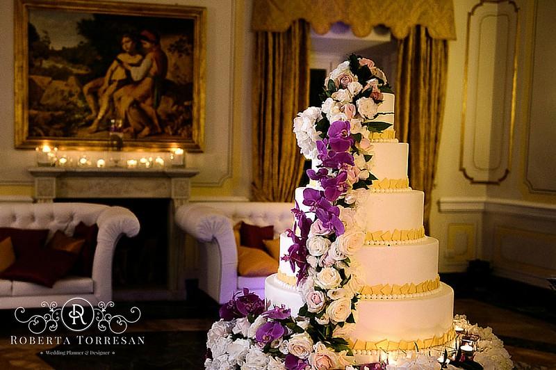 wedding_cake_villamiani