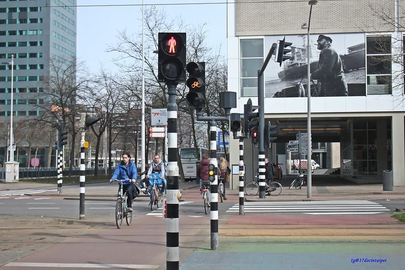 Travel-Rotterdam-Markthal-拱廊市場-17docintaipei (32)
