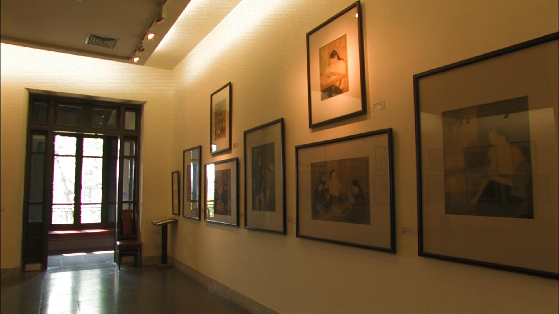 ベトナム国立美術館に展示されているグエン・ファン・チャンの作品(中村さん撮影)