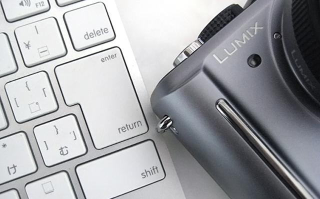Panasonic パナソニック LUMIX ミラーレス DMC-GF1 GF1 パンケーキレンズキット ブレードシルバー