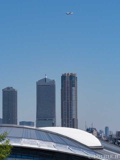 BREITLING DC-3 over Osaka City (7)