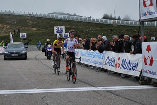 Bjorg LAMBRECHT (Lotto Soul) wins the stage at Pleatau-de-Beille in front of Pavel SIVAKOV (BMC Development Team)