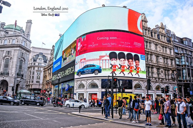 2016 London - Piccadilly Circus 01