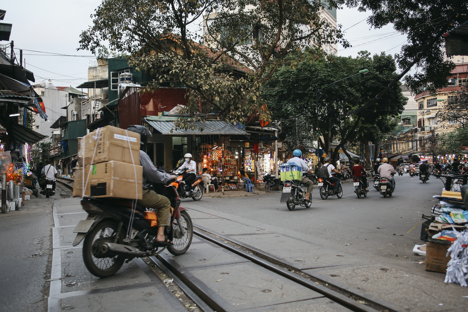 Hanoi_18, Hanoi, Vietnam, Photo and Travel Diary by The Curly Head, Photography by Amelie Niederbuchner,
