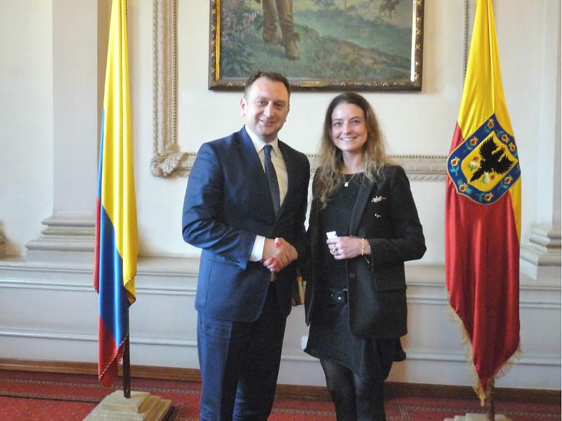 La Dirección Distrital de Relaciones Internacionales de la Secretaría General, sostuvo un encuentro con autoridades de Polonia.