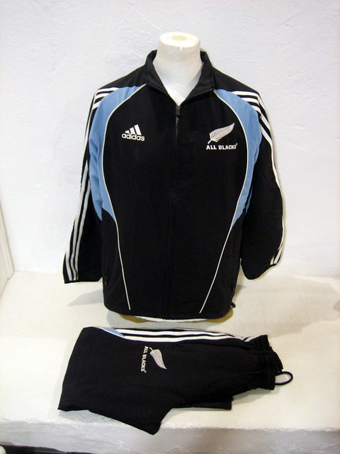 Dettagli su NEW ZEALAND ALL BLACKS ADIDAS rarissima tuta completa originale ANNI 2000