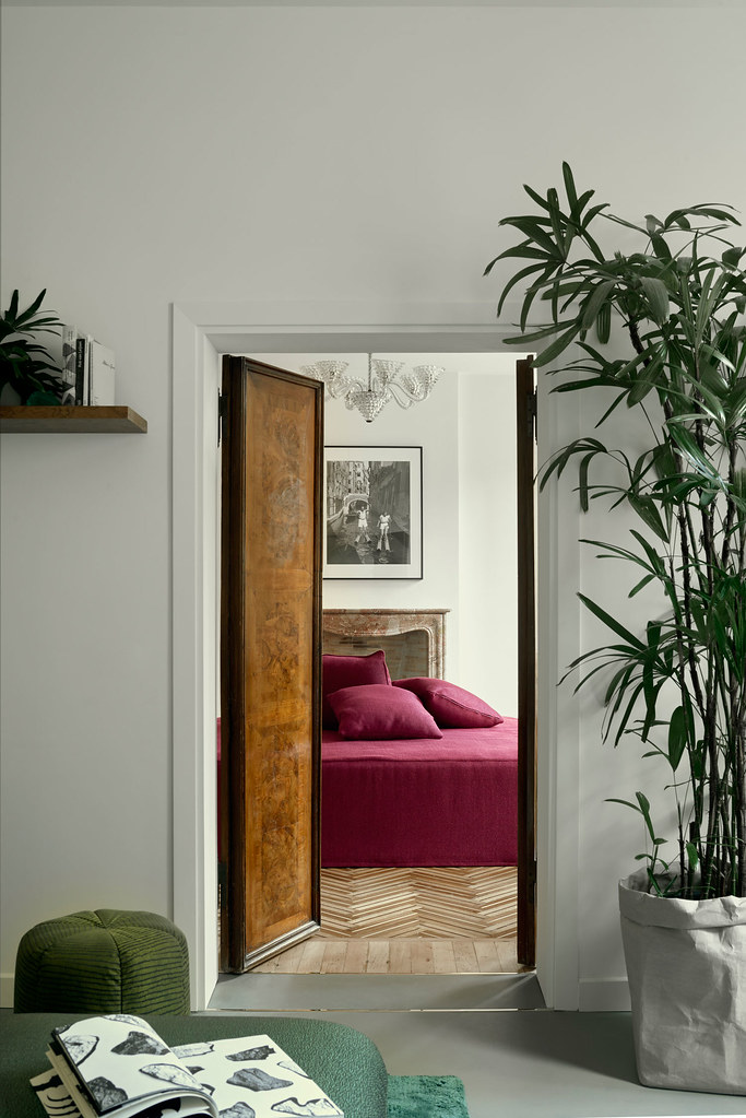 Modern floral design apartment in the heart of Venice Sundeno_02