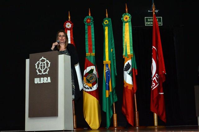 Reitora do IPA ministrou palestra no Seminário Internacional - Reforma, 500 anos: Educação, Ciência e Cultura na ULBRA