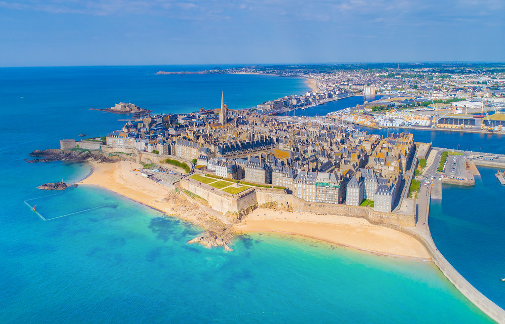 saint malo from above driving along the french coast in no flickr. Black Bedroom Furniture Sets. Home Design Ideas