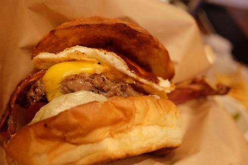 Bacon Cheese Egg Burger at Island Burgers Yotsuya, Tokyo, Japan 06