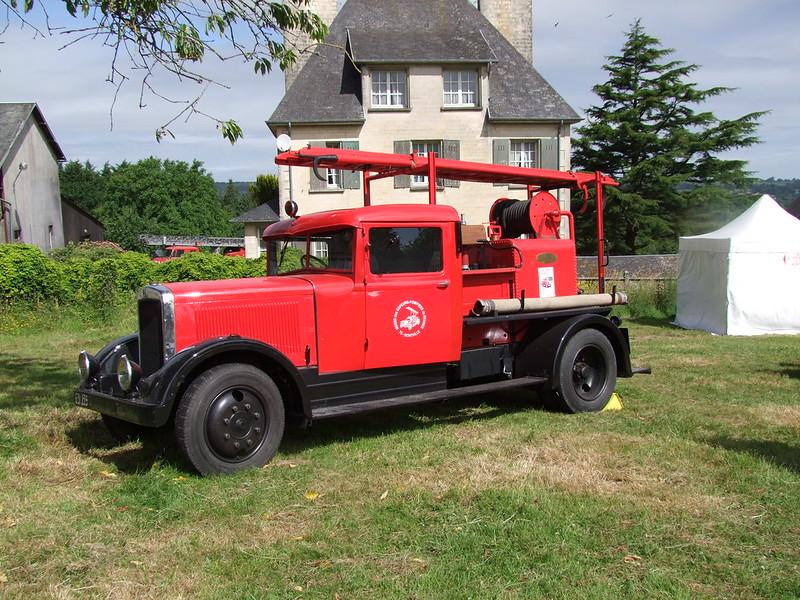 Rassemblement de camions anciens en Normandie - Page 2 35482930401_0619982d72_c