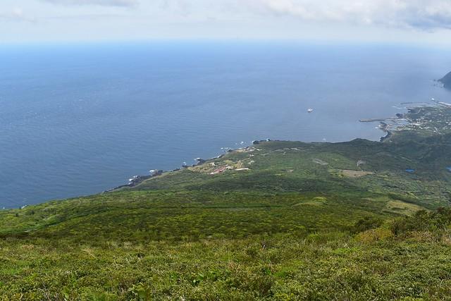 八丈富士からの海の展望