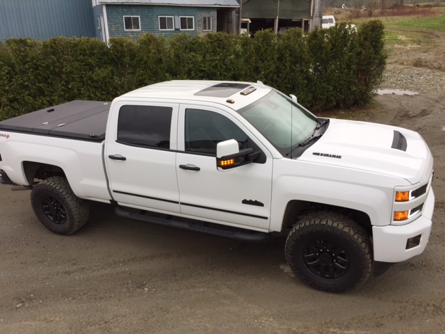 Hard Truck Bed Cover With Windows
