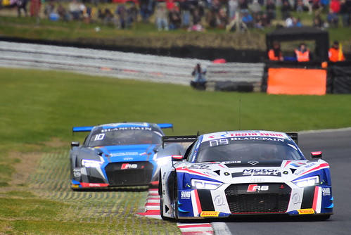 Romain Monti - Christopher Haase, Audi R8 LMS, Blancpain GT Series Sprint Cup, Brands Hatch 2017