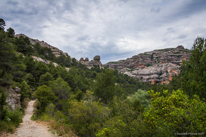 Los Tres Jurats Petits desde la Roca Balladora
