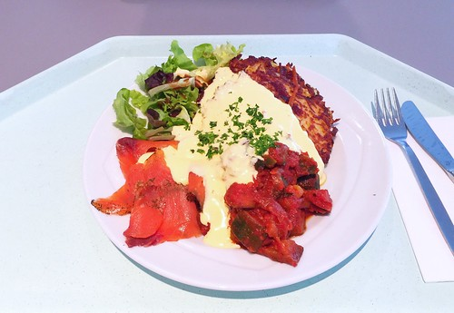 Hash browns with graves salmon & sauce hollandaise / Appenzeller Rösti mit graved Lachs, Ratatouille & Sauce Hollandaise