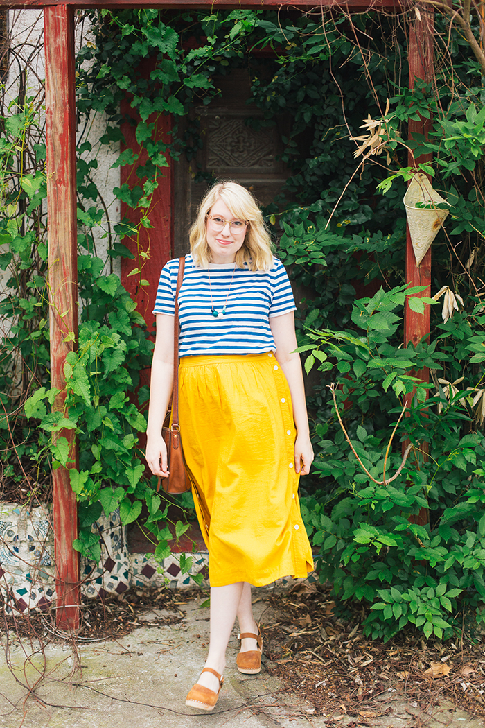 austin style blogger writes like a girl madewell midi skirt22