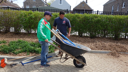 Earth Day Spring Cleaning 2017 (29) | by Latinospro